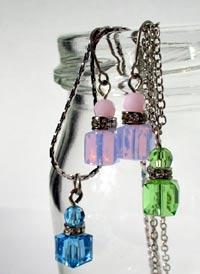 香水瓶のネックレス&ピアス